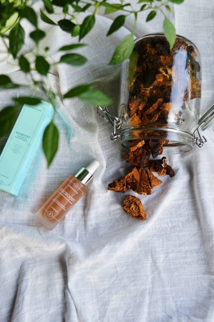 Supermood, One Minute Facelift. A Chaga serum power-drop for instant lift and tightening effect, organic from Finland.