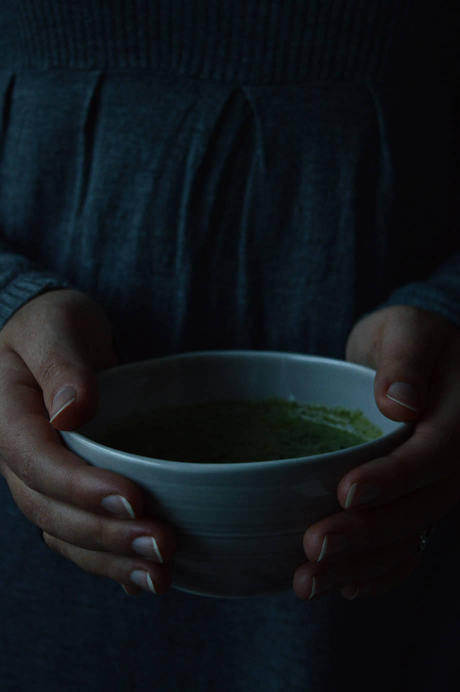 Nettle soup recipe in Pentik ceramics