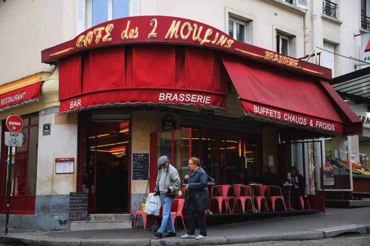 Finding the spirit of Paris - a mini guide | Due fili d'erba | Two blades of grass | Thais FK | Café des deux Moulins, Amélie Poulain