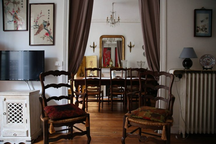 Finding the spirit of Paris - a mini guide | Due fili d'erba | Two blades of grass | Thais FK | Montmarte | Damremont Classique | Perfectly Paris
