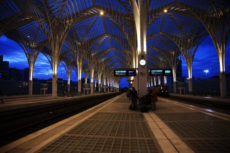Lisbon train station | Interrail: From Paris to Lisbon, and all that happened in between | Two blades of grass | Thais FK