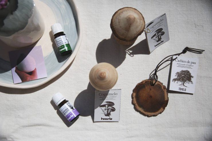 Organic essential oils and air freshening mushrooms by Tomelo | Made in Portugal | on Due fili d'erba | Two blades of grass | Green beauty | Profumatori per ambiente ecologici