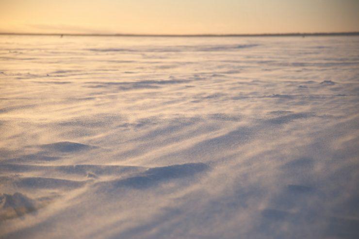 Ice fishing in Finland   Pilkkiminen   Kite-skier on frozen sea   Snowkiting  on Due fili d'erba   Two blades of grass   Visit Finland