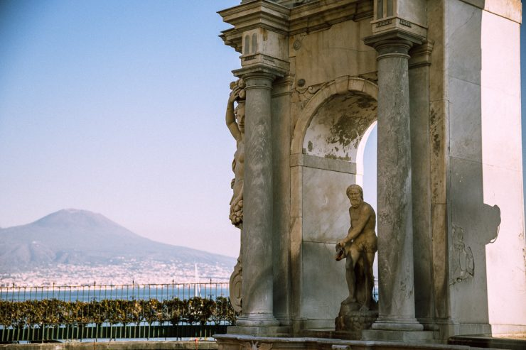 Naples, a mini guide   on Due fili d'erba   Two blades of grass   Text and photos by Thais FK
