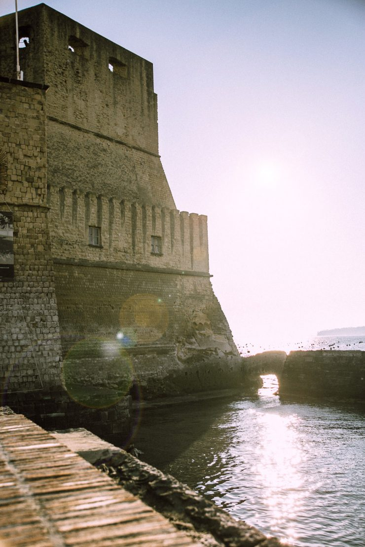 Castel dell'Ovo | Naples, a mini guide | on Due fili d'erba | Two blades of grass | Text and photos by Thais FK