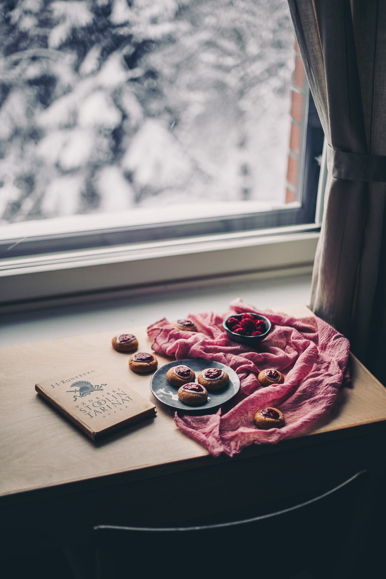 Runeberg's thumbprint cookies Recipe on The Adagio Blog | Recipe, Photography and styling by Thais FK