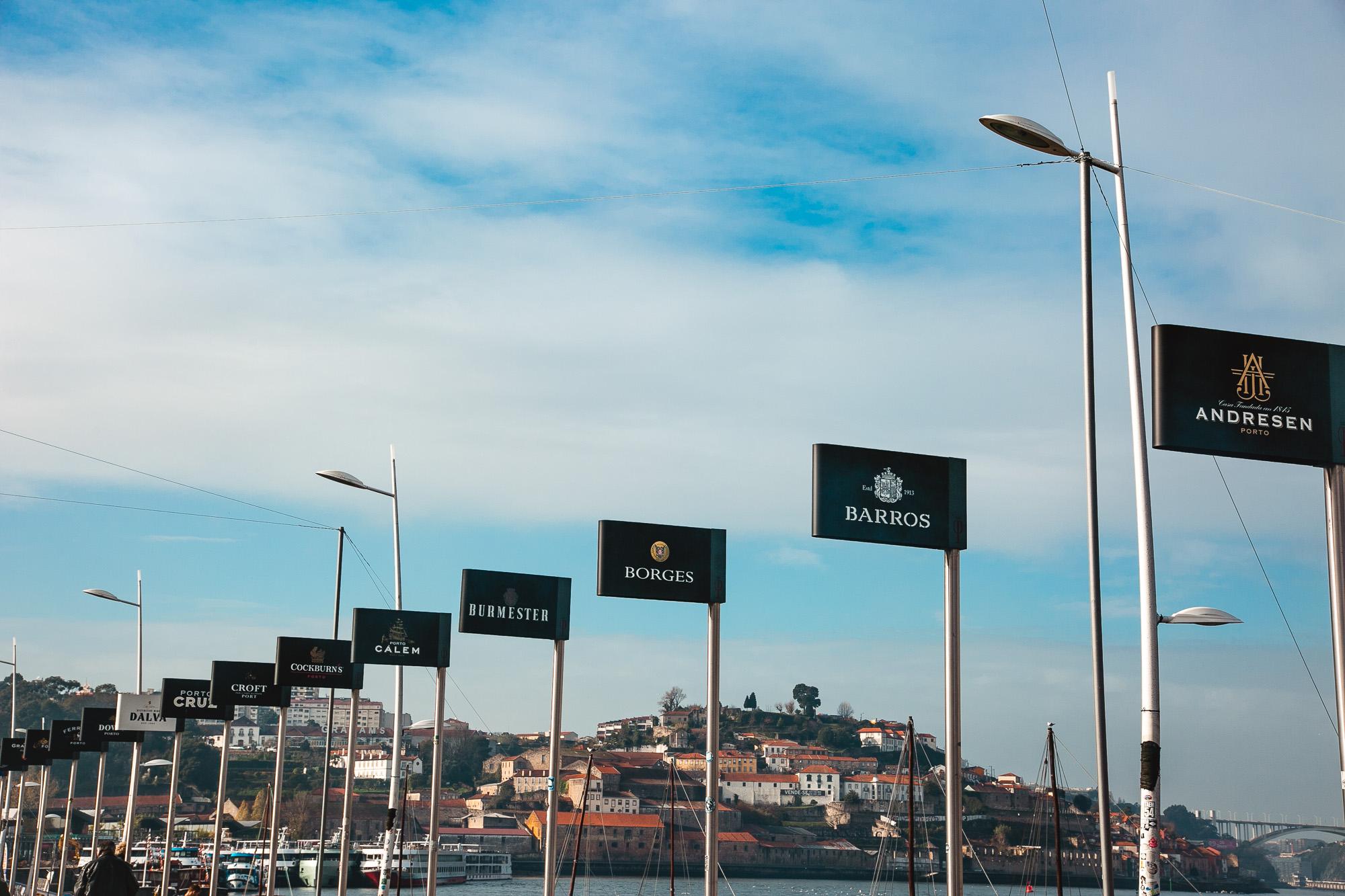 Avenida de Diogo Leite, Porto, Portugal - A one day Travel Guide on The Adagio Blog, by Thais FK