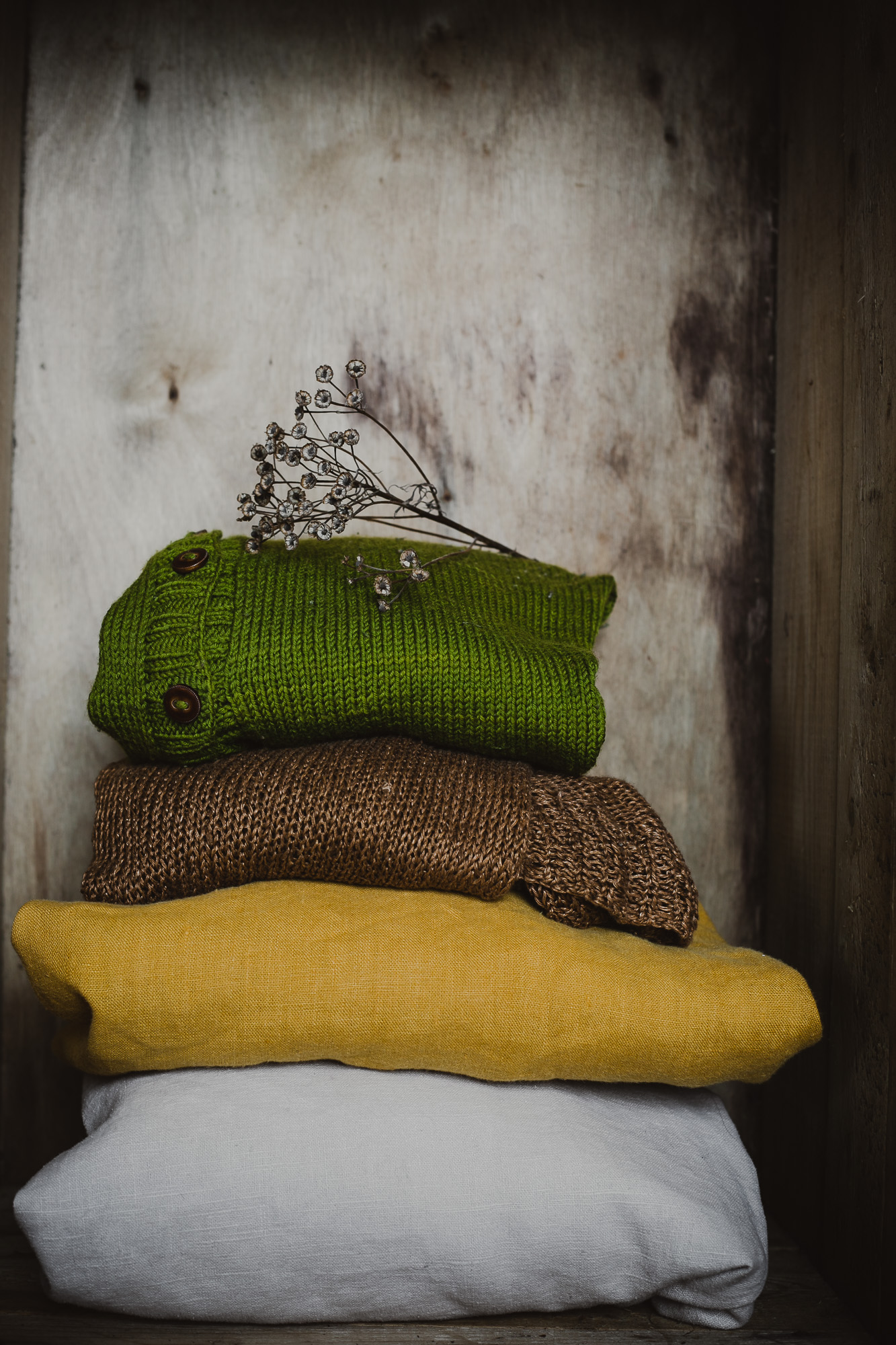 The Adagio Talk - observations on slow living, sustainable lifestyle and seasonality | The Adagio Blog | Why am I getting rid of most of my clothes