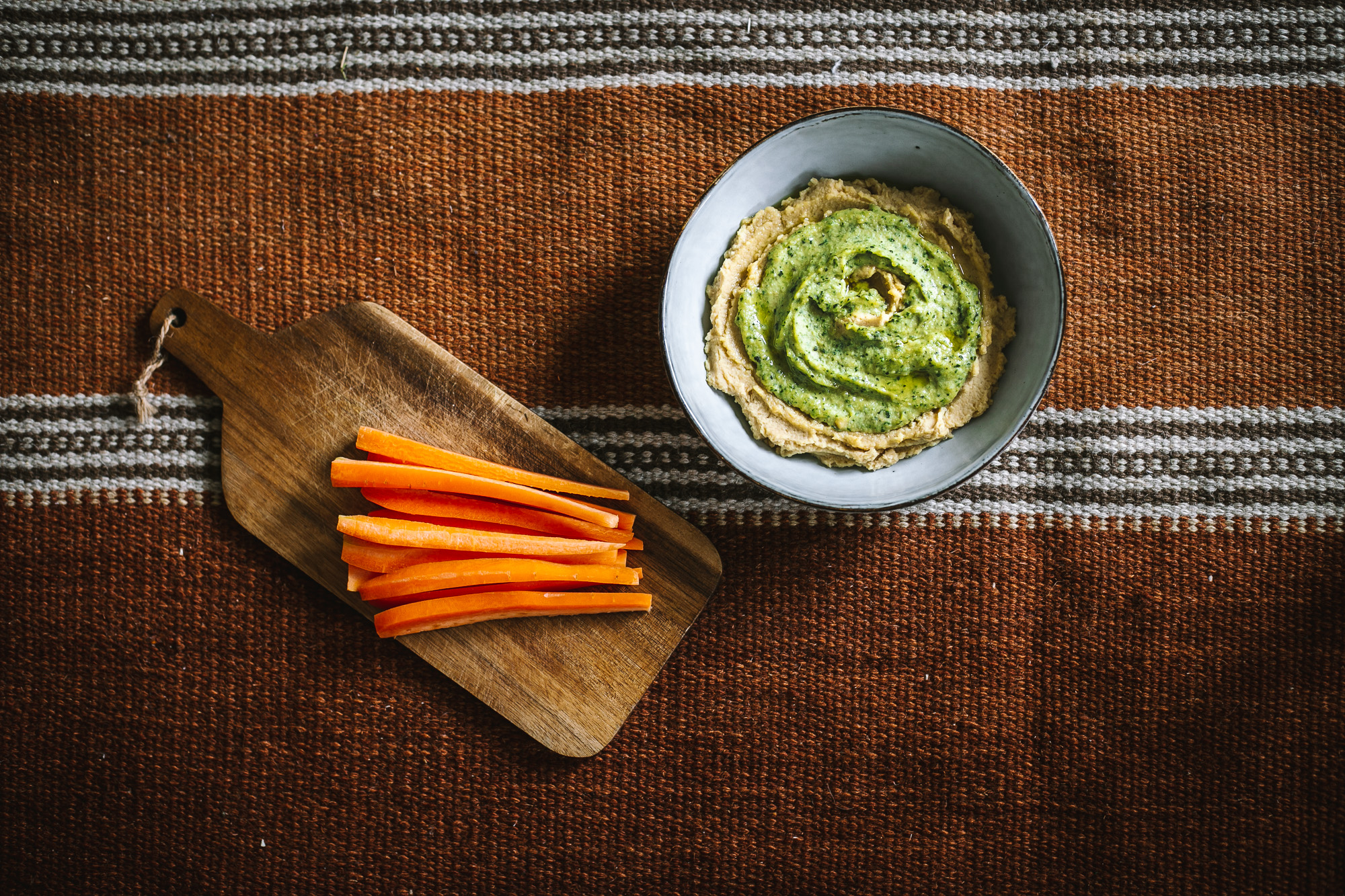 Basil hummus without tahini Recipe on The Adagio Blog by Thais FK