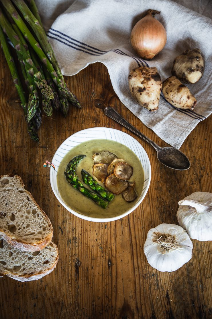 Spring Velvet Soup with Jerusalem Artichoke and Asparagus | Recipe by Thais FK on The Adagio Blog